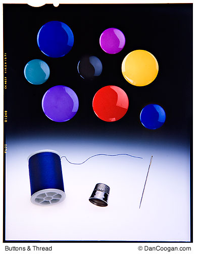Buttons & Thread, photo-Illustration